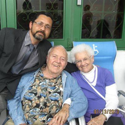 Misioneros David & Georgina Solt